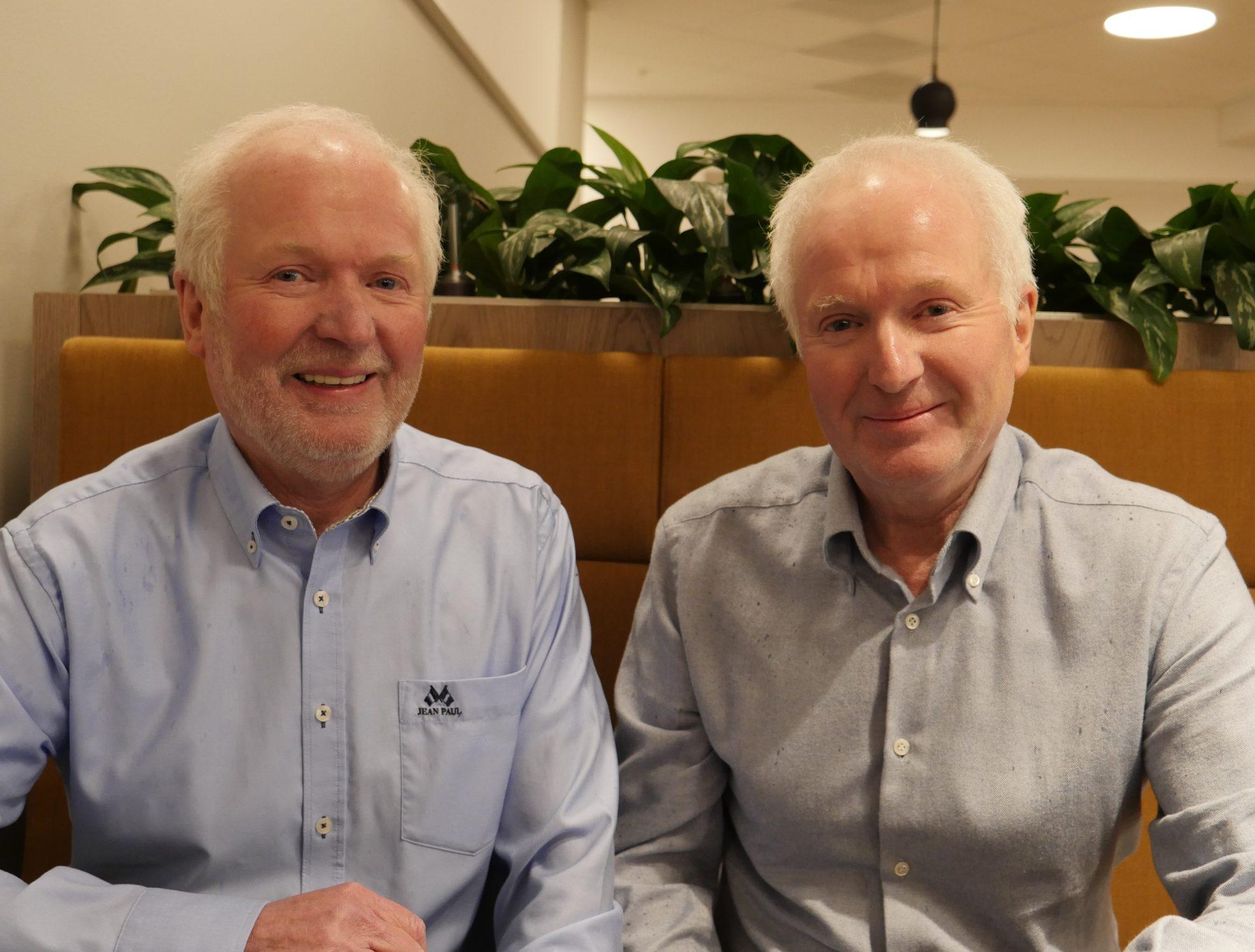 SNART PENSJONISTER? Etter 50 år hver i velferdsetatens tjeneste tenkte Svein (til venstre) og Magne Fladby å gå av med AFP da de fylte 65 år i fjor. Begge ble bedt om å utsette pensjonisttilværelsen.